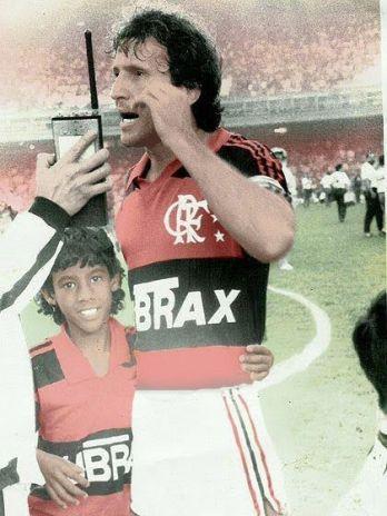 Leo Moura sonhando em um dia ser o Leo Moura.