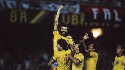 socrates-selecao-brasileira-copa-1986-size-598